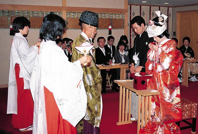 Traditional Japanese Wedding Dress 18 Fabulous Both ceremonies