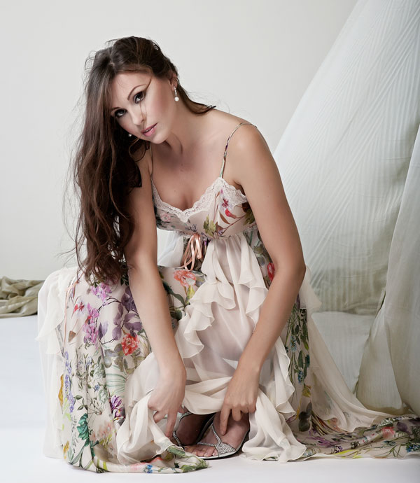 0f32797f6d 82716-Edit Spectacular, new Jane Woolrich collection of floral nightgowns  ...
