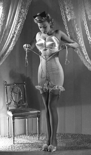 1930-corset-with-elastic