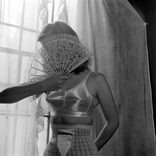 photo by Nina Leen 1948