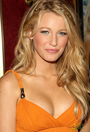 blake-lively-juices-orange-02a