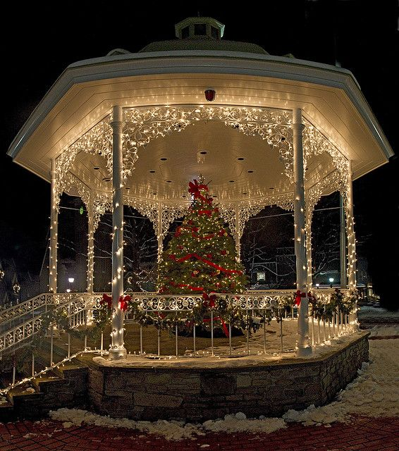 Panorama of the Gazebo by brettgross on Flickr
