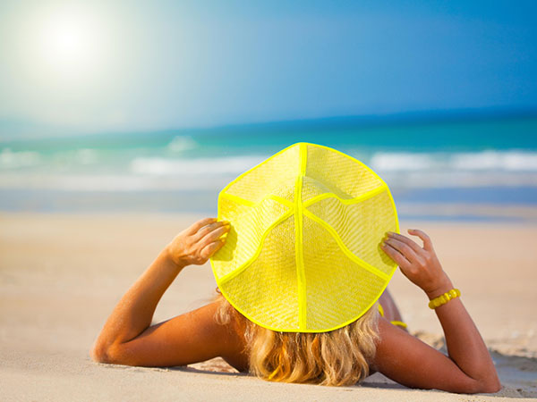 splash_of_summer_beach_hat_sun_women_ocean_hd-wallpaper-1846557