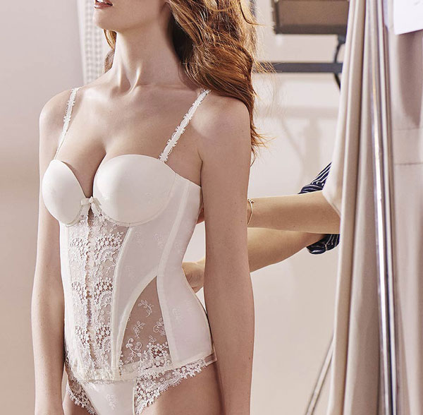 Simone Perele bridal corset and panty on Lingerie Briefs