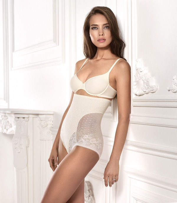Secrets Figure Shapewear in ivory for brides