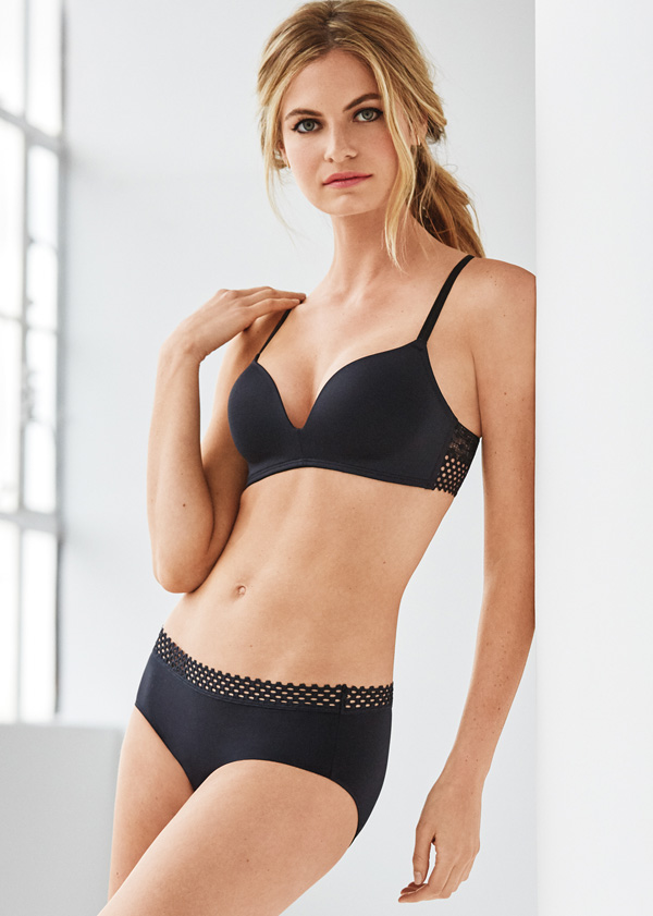 B.TEMPT'D TIED IN DOTS WIRE FREE PUSH UP BRA