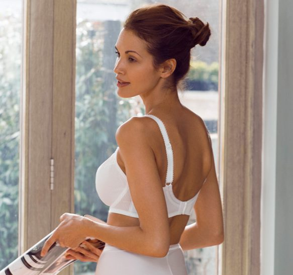 fa91cd3b281 The Fusion Underwire Full Cup Side Support Bra has all the same great  features plus includes the additional side support which gives amazing  shape and ...