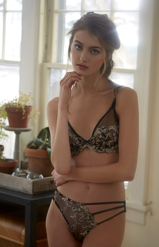 Millesia bra and panty photographed by Stephanie Hynes on Lingerie Briefs