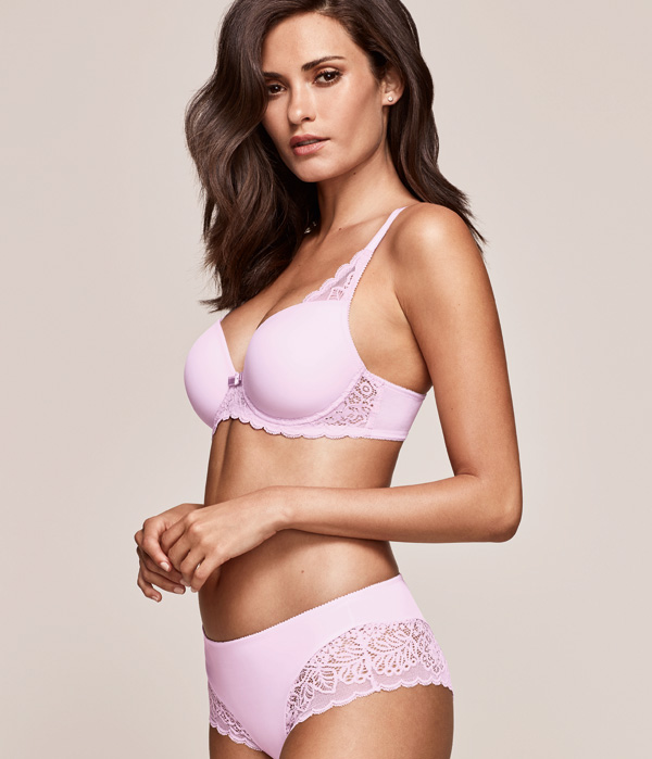 Triumph Amourette Spotlight bra featured on Lingerie Briefs