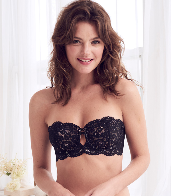 b.temp'd Ciao Bella Collection includes new strapless bra - featured on Lingerie Briefs