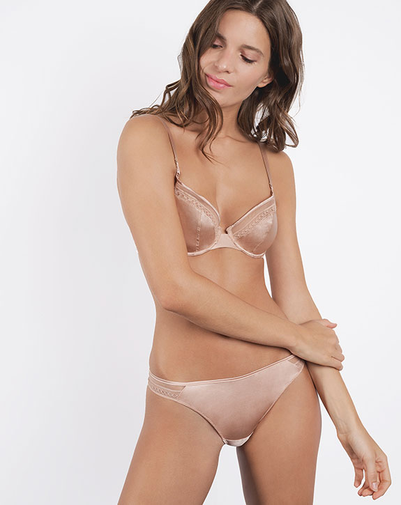 Maison Lejaby Soie Moie underwire triangle bra and tanga as seen on Lingerie Briefs