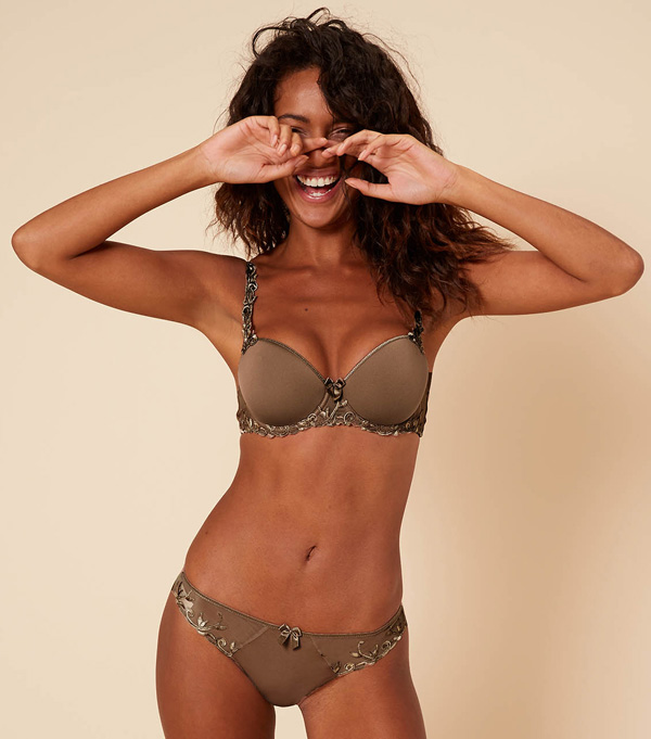 Simone Perele's Andora 3D Demi and Cotton Thong in new color Amaretto featured on Lingerie Briefs