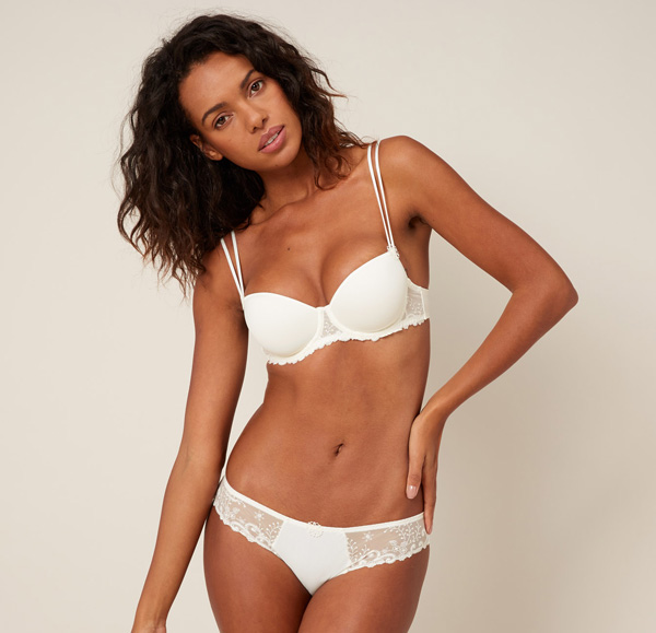 Simone Perele new Delice 3D Demi and Thong in White featured on Lingerie Briefs