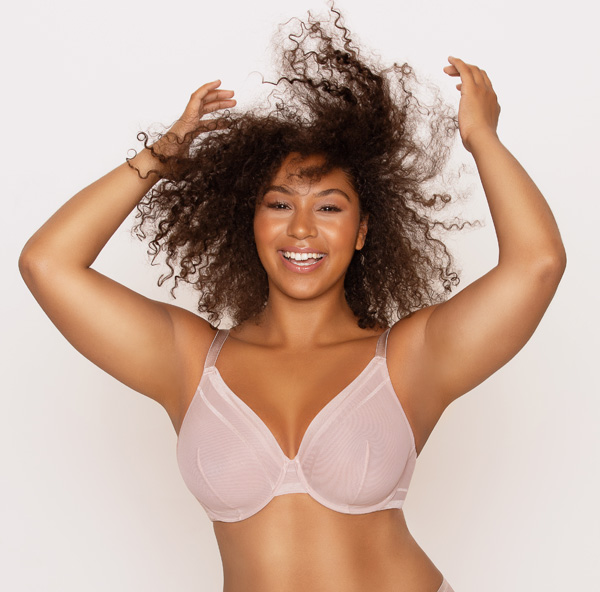 Parfait's new Maya bandless plunge underwire bra featured on Lingerie Briefs
