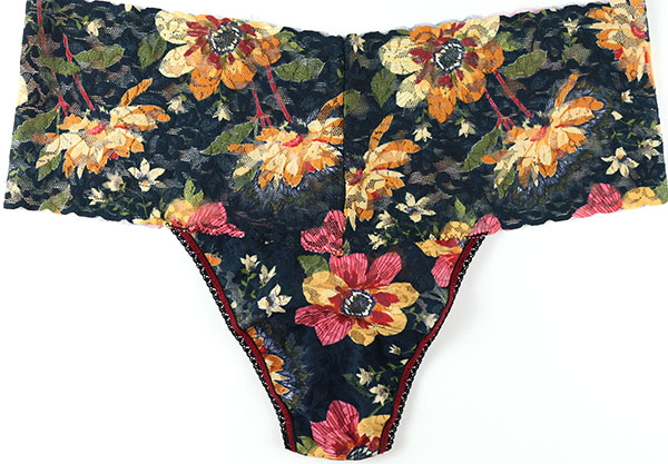 Hanky Panky Plus Size printed lace autumn bloom collection as featured on Lingerie Briefs