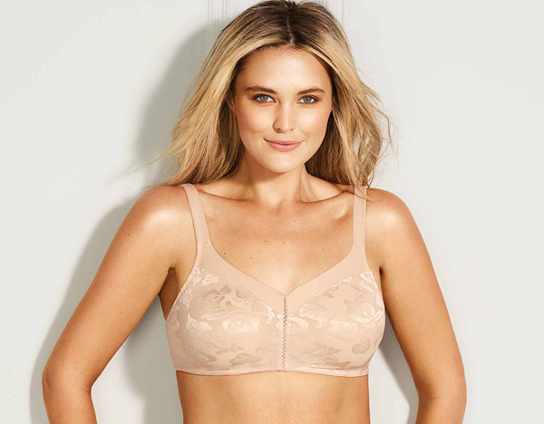 Wacoal Awareness Full Figure Seamless Wire Free Bra featured on Lingerie Briefs