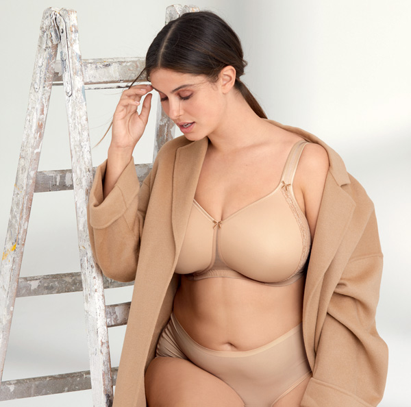 Anita's Rosa Faia Lace Rose (5618) is expanding its size range and adding the neutral color desert - featured on Lingerie Briefs