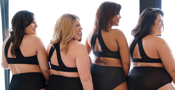 Women are loving Curvy Couture's New Tulip Lace Bra - closes on the front OR the back! Featured on Lingerie Briefs