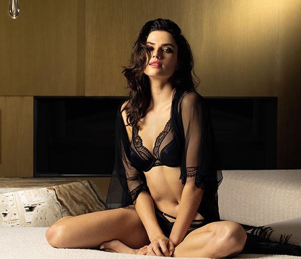 Lise Charmel Nouvel Eros collection featured on Lingerie Briefs