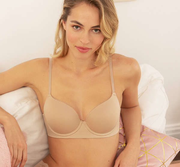 b.tempt'd Comfort Intended T-shirt Bra is made with stretch foam cups featured on Lingerie Briefs