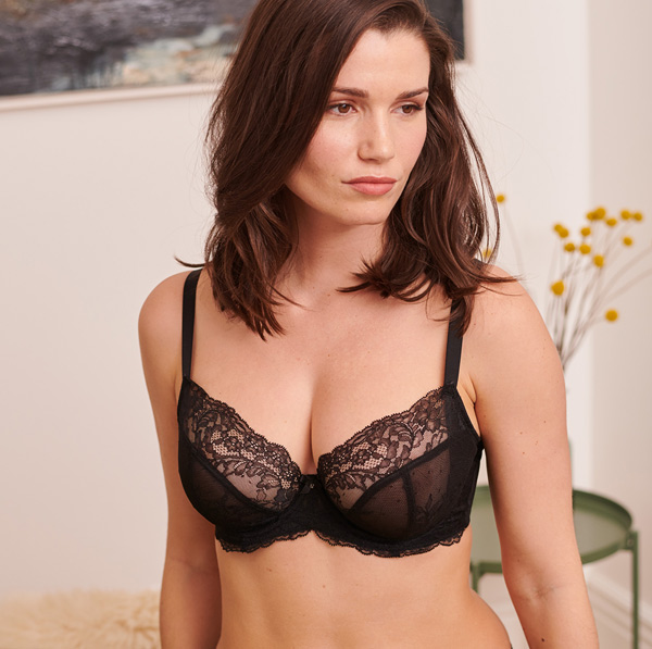 Panache Ana – The non-padded plunge bra of your dreams featured on Lingerie Briefs