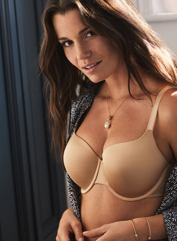 Porcelain Elan T-shirt – Your go-to T-Shirt bra featured on Lingerie Briefs