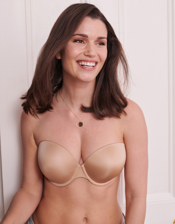 Porcelain Elan Strapless Bra! The lightly padded, moulded cups - featured on Lingerie Briefs