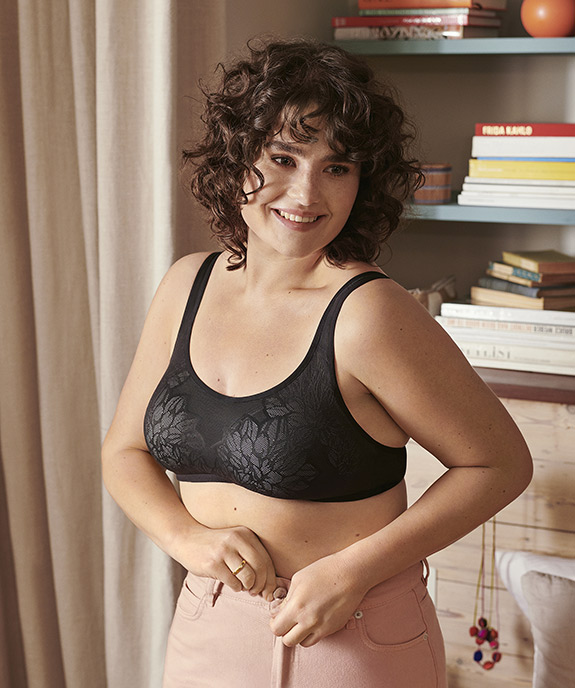 Triumph Lingerie Fit Smart wirefree bra, a new approach to sizing as featured on Lingerie Briefs