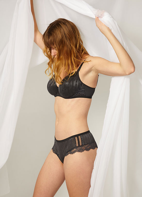 Maison Lejaby pas de deux contour bra as featured on Lingerie Briefs