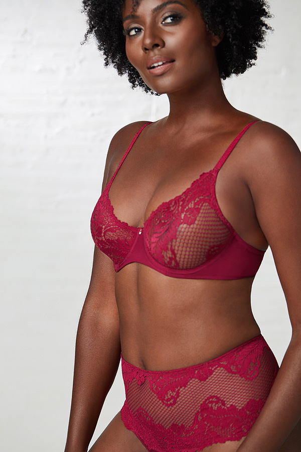 Le Mystere has created the stunning Lace Allure Unlined bra - featured on Lingerie Briefs