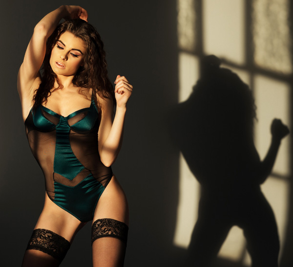 Emma Harris Grace collection featured on Lingerie Briefs
