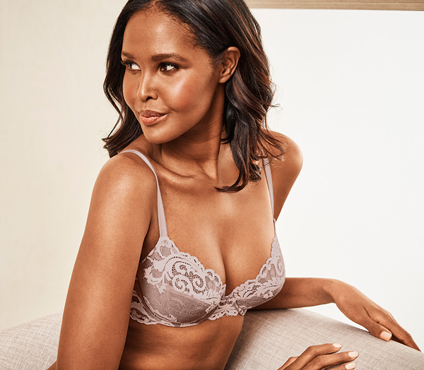 Wacoal's new INSTANT ICON Underwire Bra featured on Lingerie Briefs